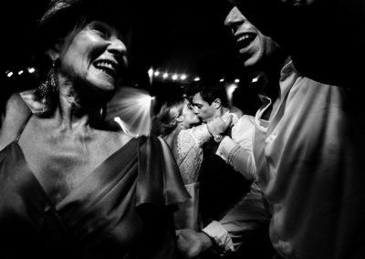 photographe-mariage-danse-fete-auberge-ostape